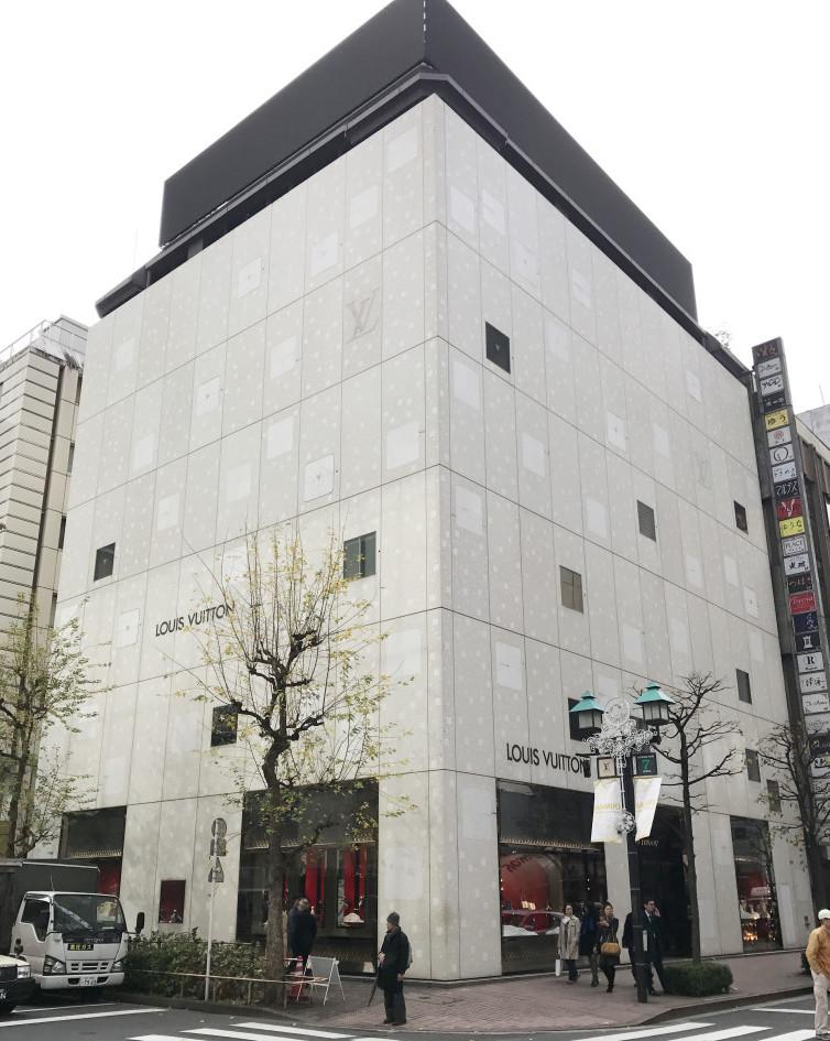 Louis Vuitton 銀座並木通り店