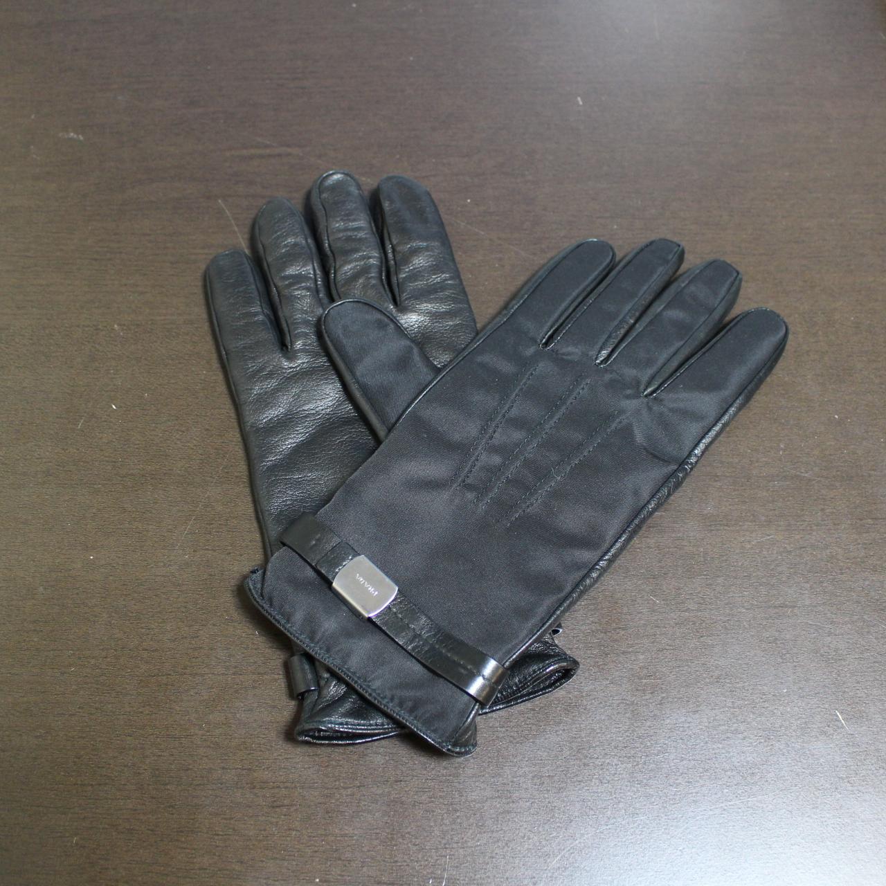 プラダ レザー ナイロン 手袋