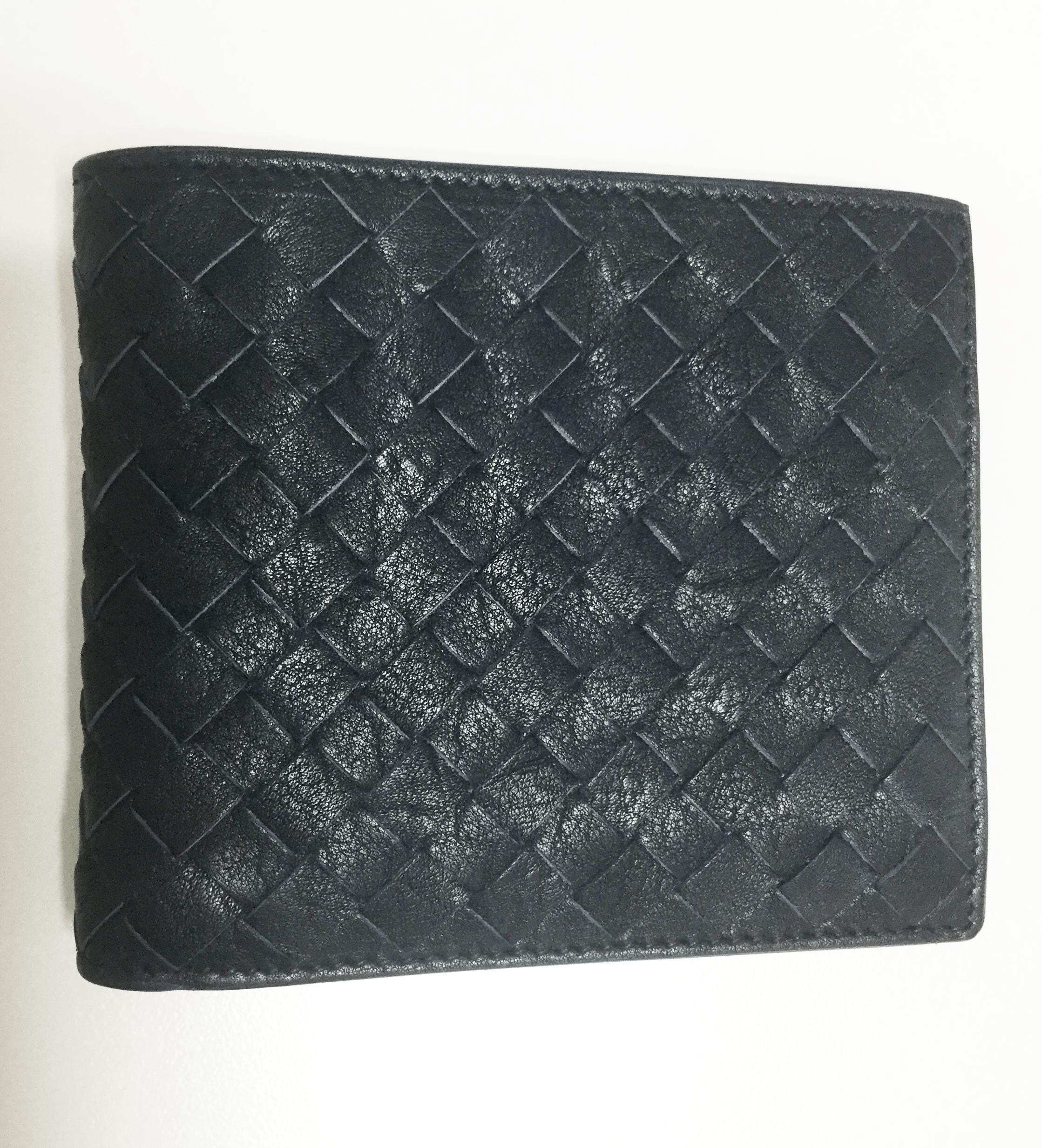 ボッテガ・ヴェネタ コインケース付き二つ折り財布 イントレチャート バイカラー