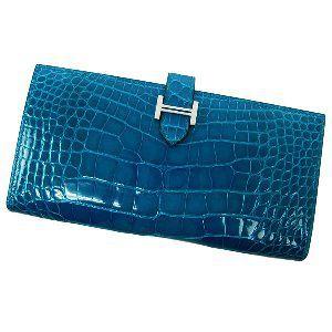 ブルーイズミールの長財布